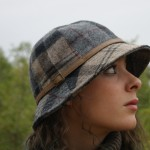 Gorro-barbour-cuadros-mujer