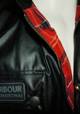 Barbour-international-antique-hombre-sc-r.j