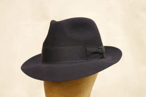 Sombrero-fieltro-azul-marino-sc