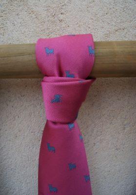 Corbata-rosa-toros-osborne-azules